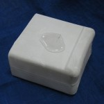 Вода на поверхности гипсового блока, изготовленного с использованием состава НЕОГАРД-Гипс 0,2
